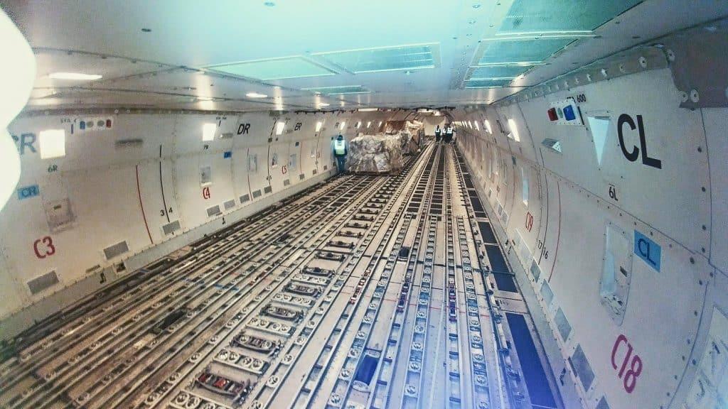 Воздушные контейнеры используются для перевозки грузов самолетами