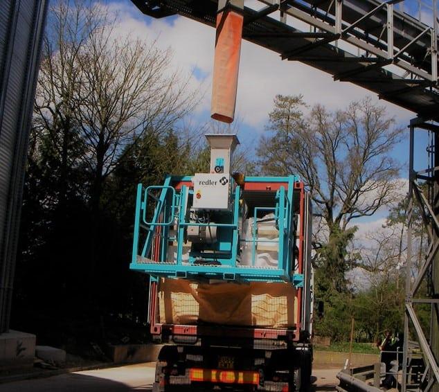 Mobili įranga grūdų krovai į jūrinius konteinerius