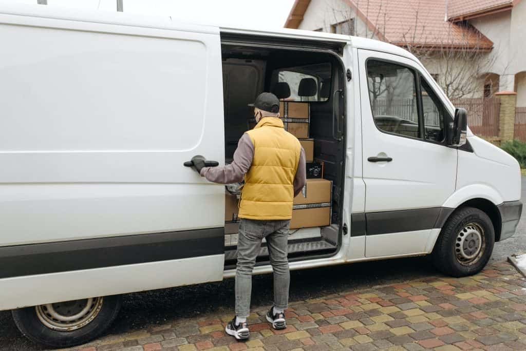 Express delivery of cargo and parcels in Lithuania and Europe